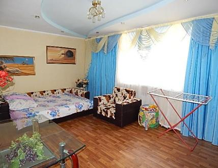 Квартира в Феодосии 2 ком. ул. Баранова (см. карту), 3 этаж